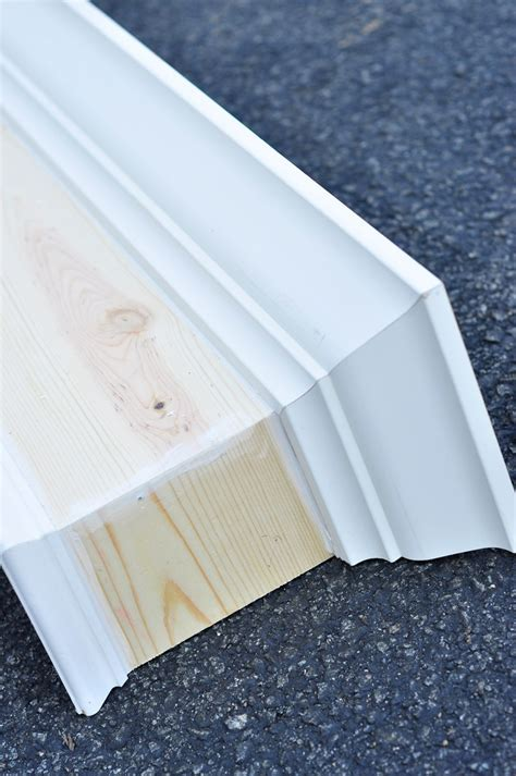Diy Cornice Boxes by Remodelaholic How To Build And Hang A Window Cornice