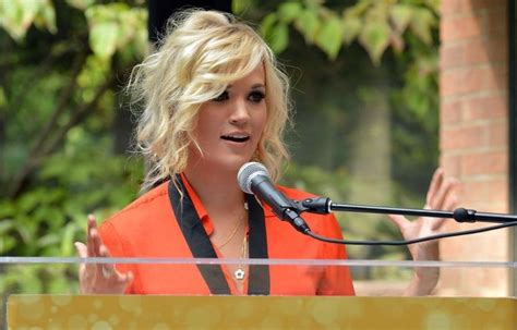 20 Best Of Carrie Underwood Short Haircuts