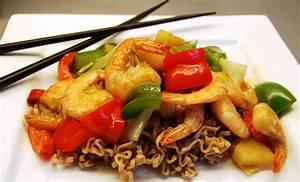 Scampi wok med nudler