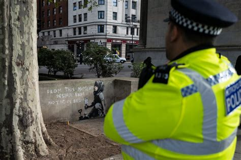 'Banksy artwork' appears at Marble Arch after two weeks of ...