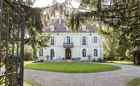 location chambre hote maison de maître de 1848 entièrement rénovée à privatiser