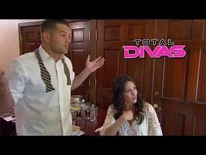 Nikki's family realizes she never told John Cena she was married:Total Divas Preview, Season Finale