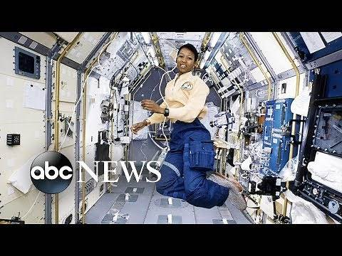 Girls ask Dr. Mae Jemison about space