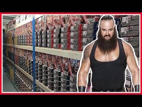 HUGE TOY HUNT!!! | BRAUN STROWMAN VISITS WRESTLING SHOP FIGURE WAREHOUSE | WWE Mattel Wrestling #84