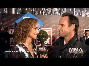 """Justified"" Star Walton Goggins Talks UFC on FOX + The Legacy of ""The Shield"""
