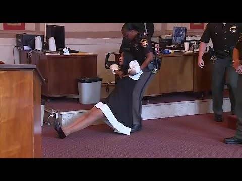 Former Judge Tracie Hunter dragged out of the courtroom, ordered to serve six months in jail