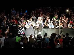 Sami Zayn entrance. WWE Live SummerSlam Montréal 2017