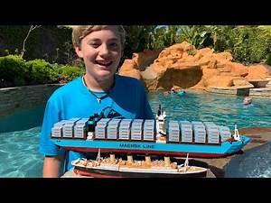 Larry Life LEGO MAERSK Cargo Ship and Titanic Submersible!