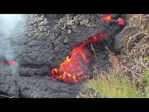 Kilauea eruption A'a Lava flow in Leilani Estates. 7:07 AM May 26, 2018