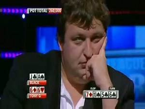 Tony G showing his Cards PreFlop live