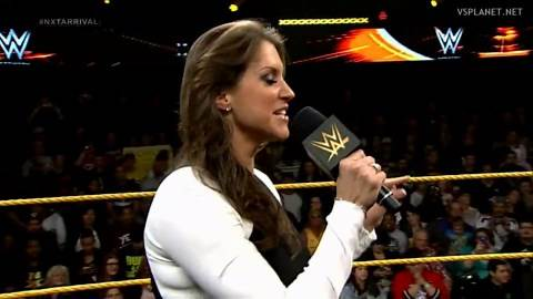 Paige vs Emma, NXT Arrival