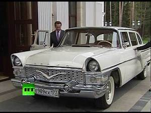 Retro ride for Arnie: Medvedev gives Schwarzenegger a lift to Russia's Silicon Valley