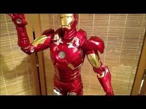 NECA 1/4 Scale Avengers Iron Man Figure Review