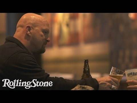 Stone Cold Steve Austin Just Wants To Drink a Couple Beers