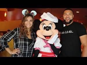 We Arrived Back At Disneyland | Goofy's Kitchen | Walt Disney's Grave | Hilton Anaheim!