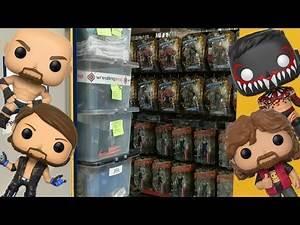 TOY HUNT!!! | WRESTLING SHOP WAREHOUSE - JUNE 2017 | WWE Mattel Wrestling Figure Shopping Fun #53