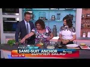 WEBCAST: TV Anchor Wears Same Suit For A Year