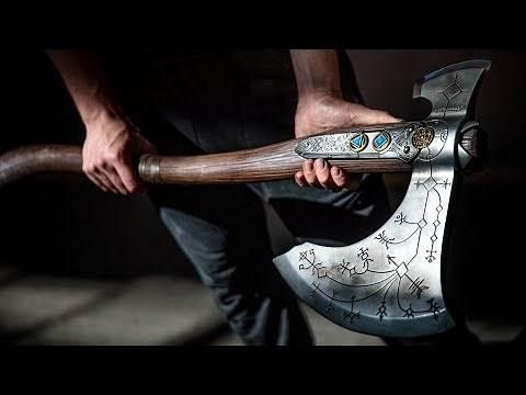Painting a God of War Leviathan Axe!
