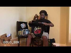 WWE Shop unboxing funkos, tshirts (7/4/20)