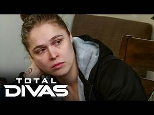 Ronda Rousey remembers the loss of her father: Total Divas, Oct. 8, 2019