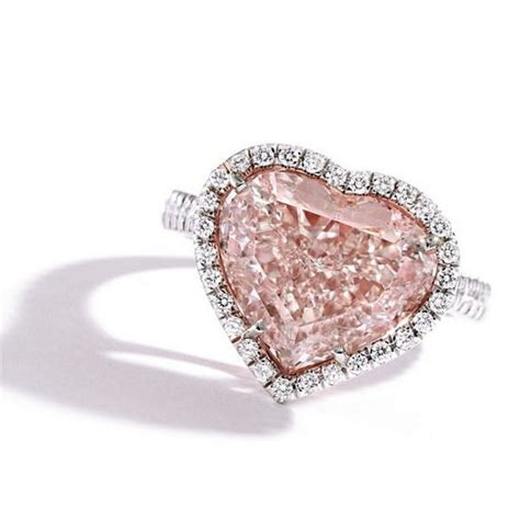 5-CaratPink-Diamond-Ring