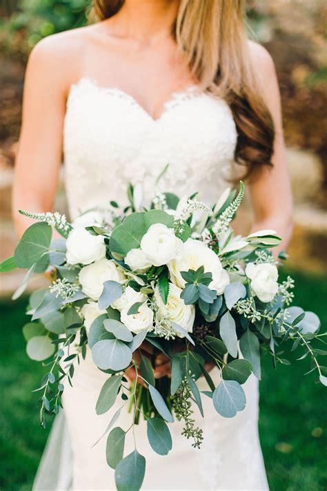 All-Green-WeddingBouquet