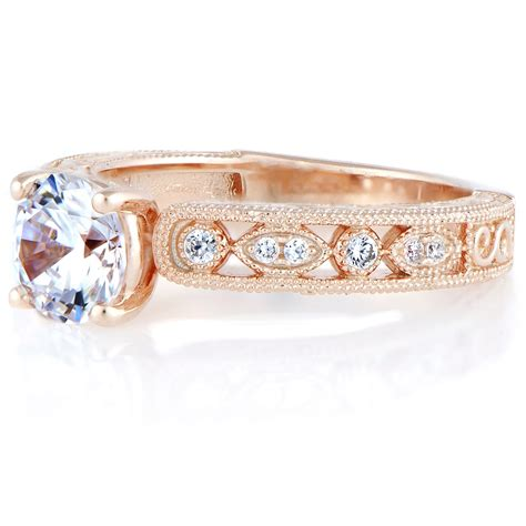 Antique-StyleEngagement-Rings