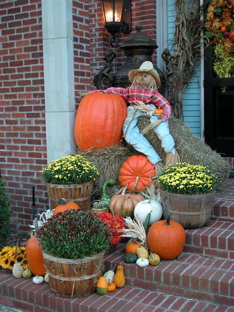 Autumn-Fall-OutdoorDecorating-Ideas