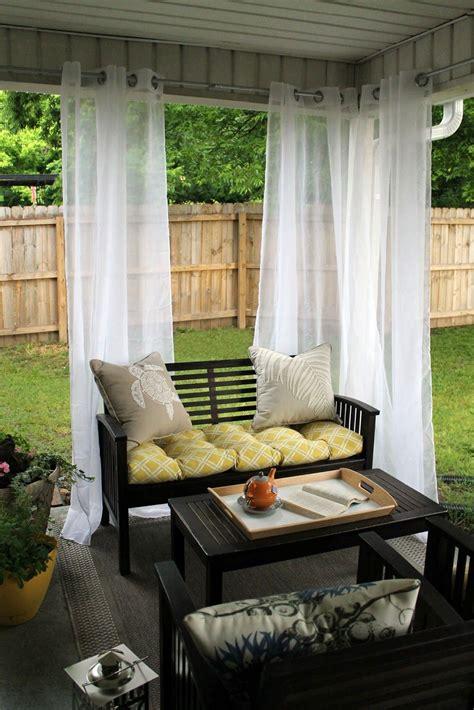 Back-Porch-CurtainIdeas