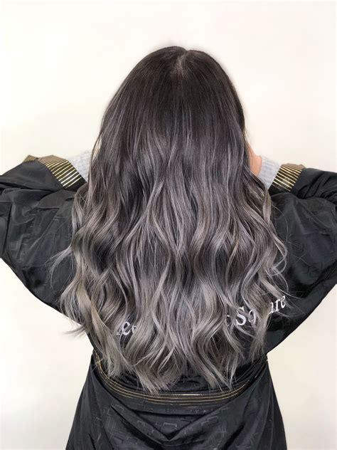 Balayagefor-Gray-Hair