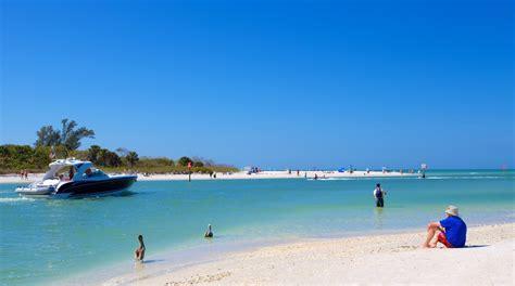 Barefoot-BeachNaples-FL