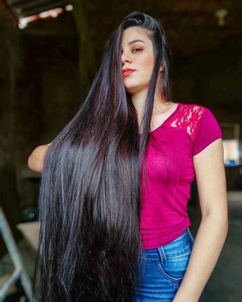 Beautiful-WomanSuper-Long-Hair