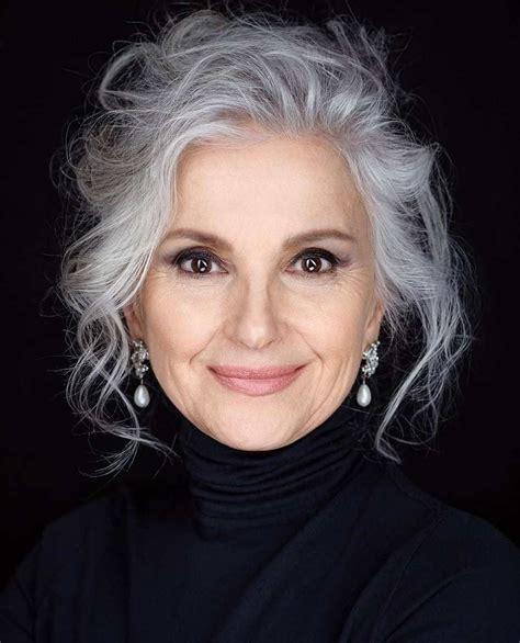 Best-Grey-Hairstylesfor-Long-Hair