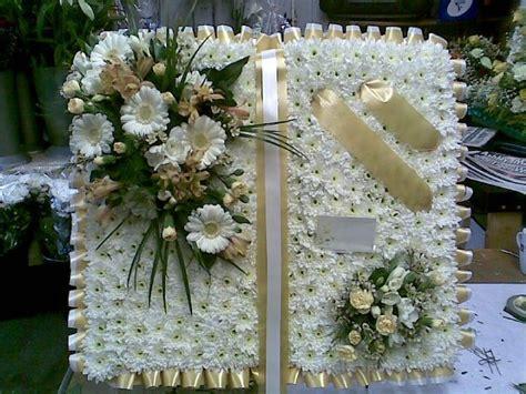 BibleFuneral-Flower-Arrangement