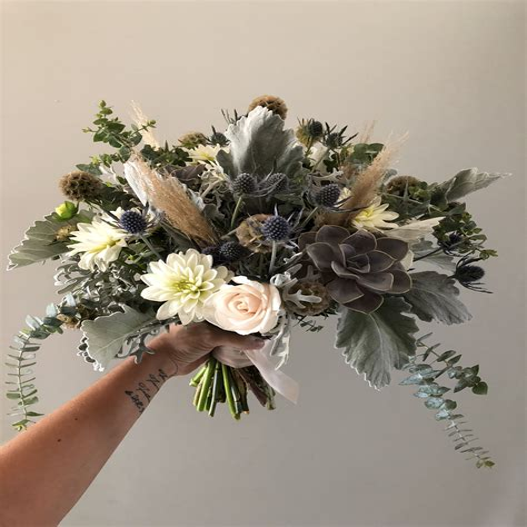 BlueRose-Wedding-Bouquet
