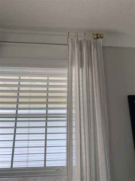 Bow-Window-Curtain-Rods