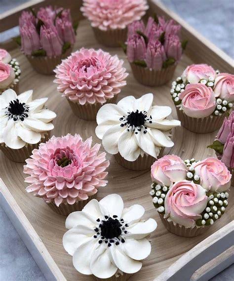 ButtercreamFlower-Cupcakes