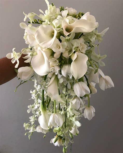Cascade-WeddingBouquets