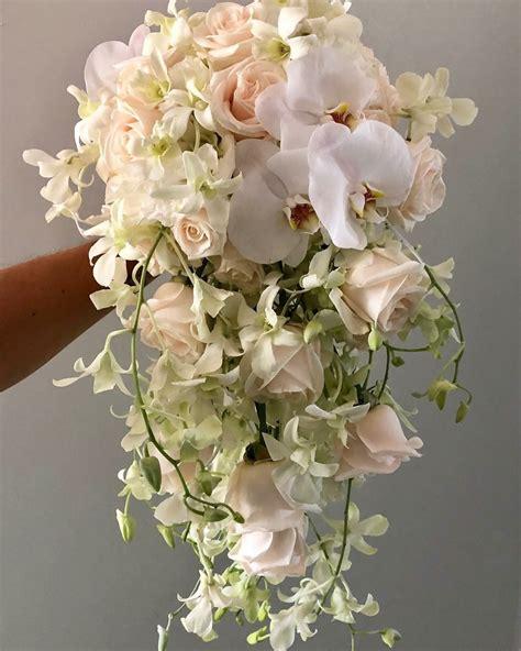 CascadingFlower-Bouquet