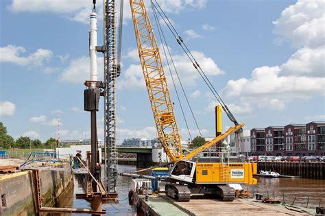 Crane-MountedSheet-Pile-Driver