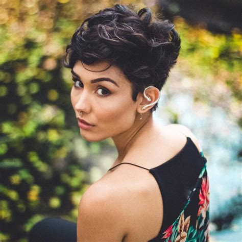 CurlyPixie-with-Bangs