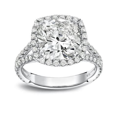 Cushion-Cut-Engagement-RingsOn-Hand