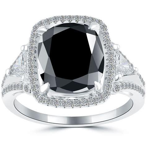 Cushion-CutBlack-Diamond-Ring