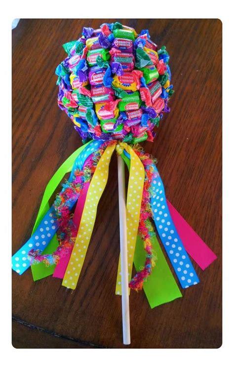 DIY-Candy-Bouquetfor-Kids