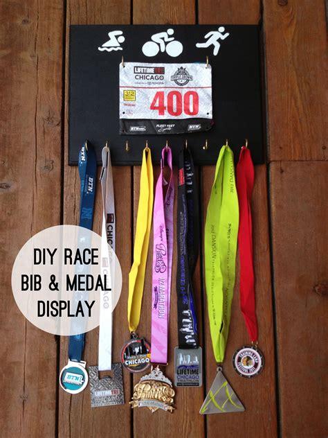 DIY-Race-Biband-Medal-Display