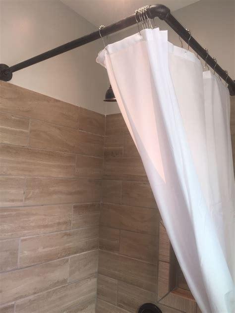 DIY-ShowerCurtain-Rod