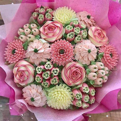EdibleFlower-Cupcake-Bouquet