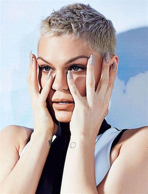 ExtraShort-Women's-Haircuts
