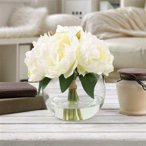 Fake-Flowersin-Vase
