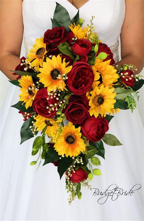Fall-Wedding-Bouquetswith-Sunflowers